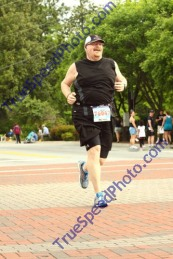I was so happy to see the finish line and I was in so much pain as my stomach felt empty.